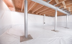 Crawl space structural support jacks installed in Frisco